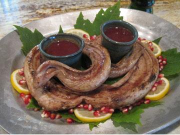 http://images.detik.com/content/2011/12/26/294/BBfictional-food-dalam.jpg