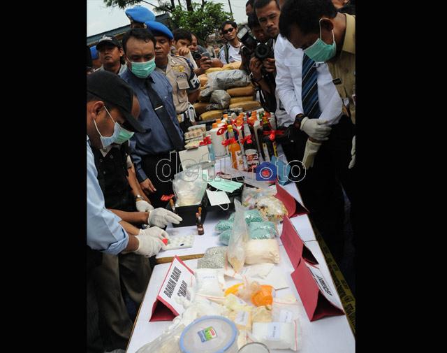 Narkoba dan Miras Senilai Rp 16 M Dimusnahkan