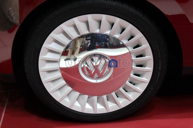 Melihat dari Dekat VW Kombi Terbaru