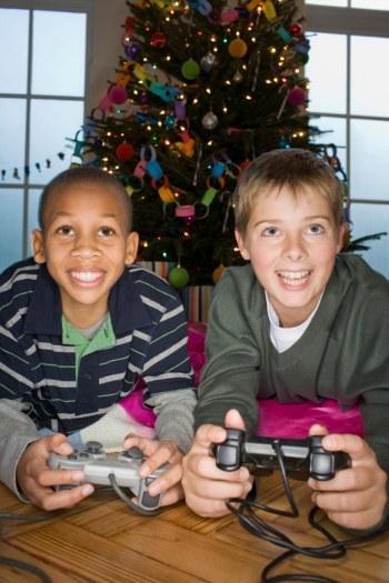 bermain video game berlebihan mengurangi kecerdasan anak