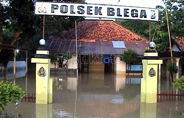 Ratusan Rumah di Madura Terendam Banjir