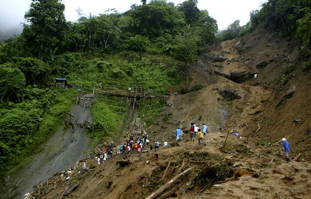 Longsor Landa Filipina, 25 Orang Tewas