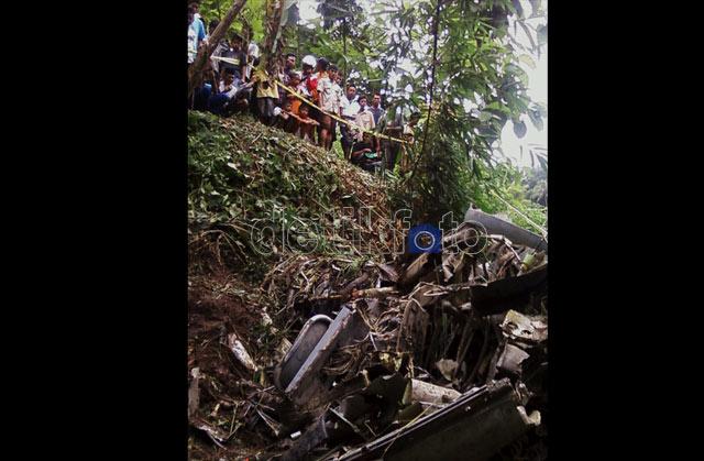 Jatuh di Magelang, Pesawat Latih TNI Hancur