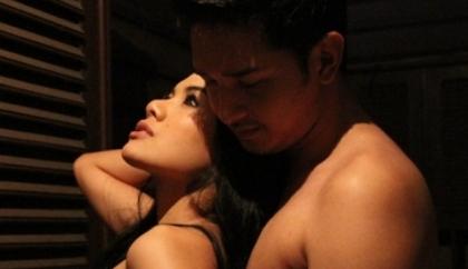 Foto Payudara Nikita Mirsani Diremas Edwin Sukmono Bugil Pelukan Hot Syur