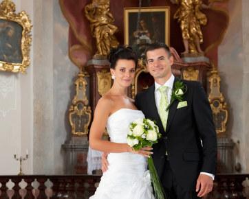 Demi Pernikahan Awet, Wanita Brazil Nikah Tanpa Underwear