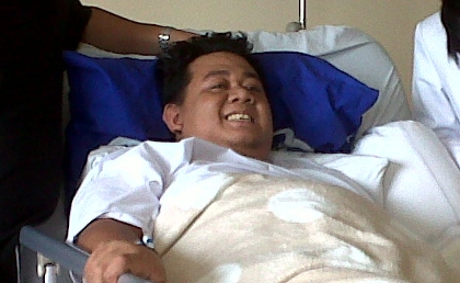 Tim Dokter Berupaya Selamatkan Ade Namnung Selama 1 Jam.alamindah121.blogspot.com