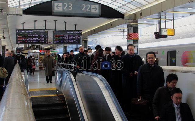 Kereta cepat menjadi alat transportasi vital di Jepang karena
