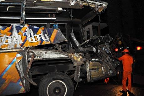 Foto Kecelakaan Bus Maut di Cisarua Bogor