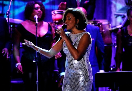 http://images.detik.com/content/2012/02/13/230/whitney4d-getty.jpg