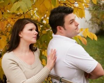 Cara Mendapatkan Perhatian Wanita Tanpa Kata-Kata