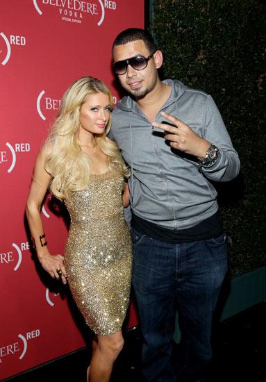 Ini Dia Pacar Baru Paris Hilton