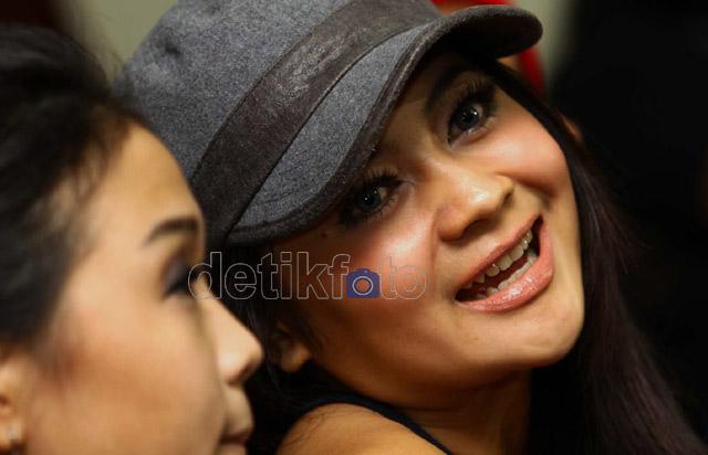 Download Kumpulan Lagu Indah Dewi Pertiwi Mp3 Full Album (IDP)