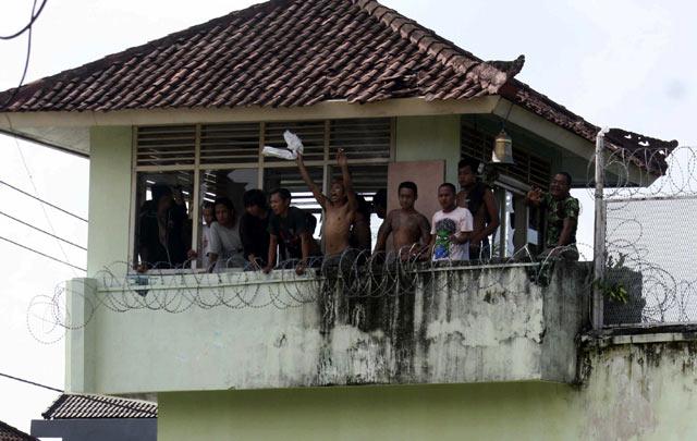 [imagetag] Rusuh, LP Kerobokan Bali Terbakar