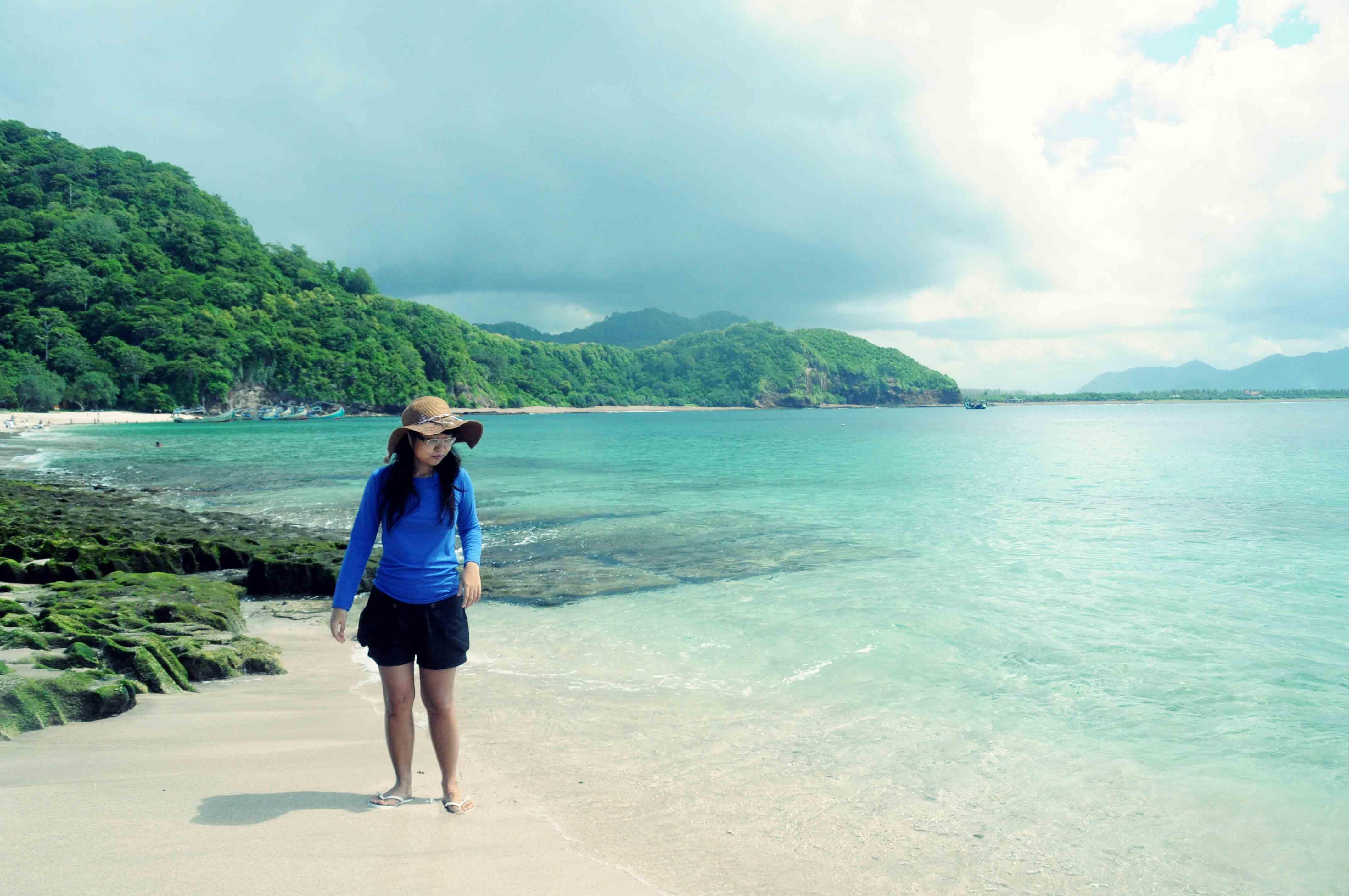 Tanjung Papuma, Pantai Pasir Putih di Selatan Jember