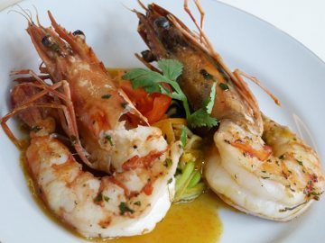 Resep Udang: Grilled King Prawn, Carrot and Ginger Emulsion