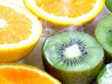 Buah Jeruk dan Kiwi Dapat Kurangi Resiko Terkena Stroke
