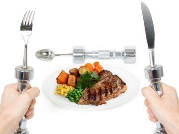 Yuk, Makan Sambil Olahraga Dengan Sendok 2 Kg!