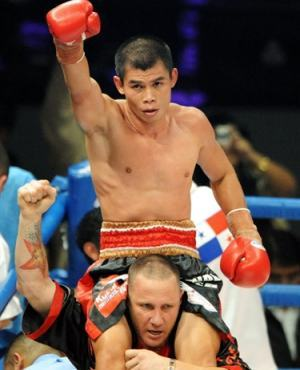 World champion boxer Indonesia, Chris John, scheduled to the ring again in May