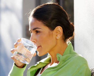 Cara Cepat Turunkan Berat Badan Dalam 2 Minggu Dengan Air Putih