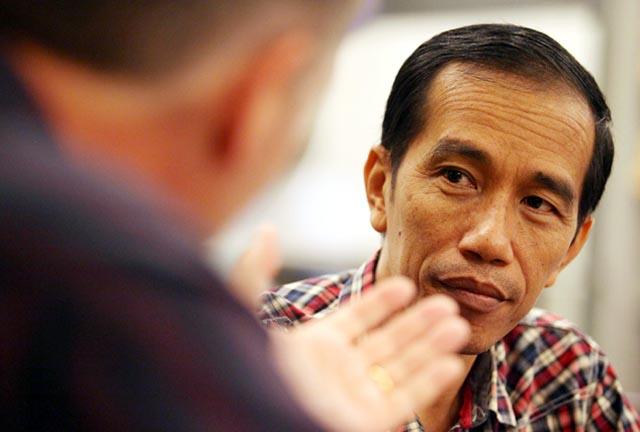 http://images.detik.com/content/2012/03/26/157/Jokowi_1.jpg