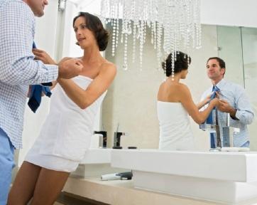 http://images.detik.com/content/2012/03/29/854/080613_coupletie.jpg
