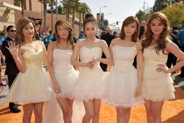 Foto Wonder Girls Bergaya Ala Peri - Wanita Korea Cantik