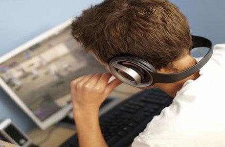 http://images.detik.com/content/2012/04/26/323/computergame460.jpg