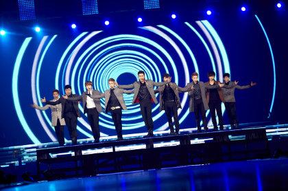 http://images.detik.com/content/2012/04/27/1180/superjunior4d420-sportchosun.jpg