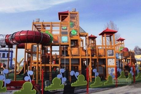 Angry Birds Land Janjikan Atraksi Menawan