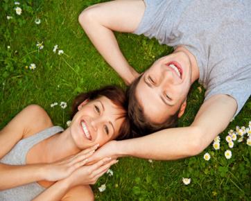 9 Alasan Sebaiknya Pacaran Dimulai Dengan Persahabatan [ www.BlogApaAja.com ]