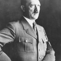 Rahasia Seks Hitler: Suntik Ekstrak Testis Banteng Untuk Naikkan Libido [ www.BlogApaAja.com ]