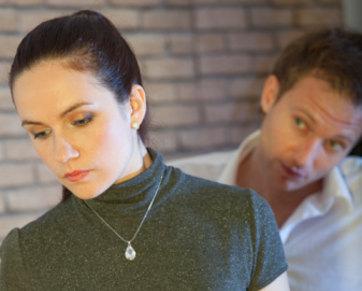 5 Hal Yang Buat Wanita Cemburu Pada Kekasihnya [ www.BlogApaAja.com ]