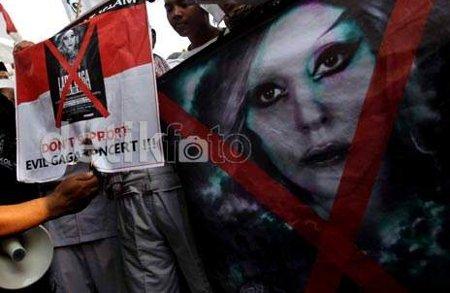 Alasan Utama Pembatalan Konser Lady Gaga 2012 Di Indonesia