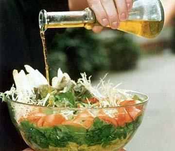 Dua Sendok Makan Minyak Olive Sehari Cegah Penyakit Jantung