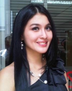 Foto Bugil Telanjang Sandra Dewi Hot Tanpa Sensor