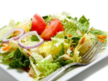 Saus Salad Rendah Lemak Belum Tentu Menyehatkan