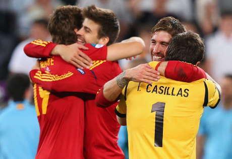TIM MATADOR SPANYOL SEMPURNA MELAJU KE FINAL EURO TANPA AKUMULASI KARTU FULL TIME