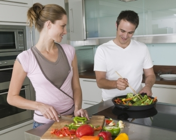 7 Tips Menjaga Berat Badan Setelah Menikah