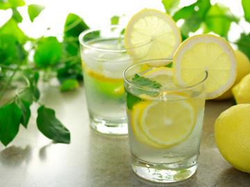 Cara Praktis Menurunkan Berat Badan dengan air Jeruk Nipis