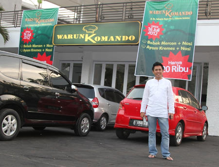 FOTO Eko Patrio di depan WarunKomando, restoran senilai Rp 20 Milyar