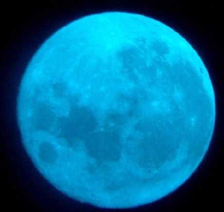 Fenomena Bulan Biru di Bulan Agustus Ini