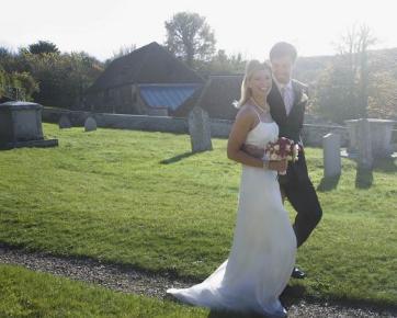Pernikahan di Area Pemakaman Mulai Jadi Tren di Amerika