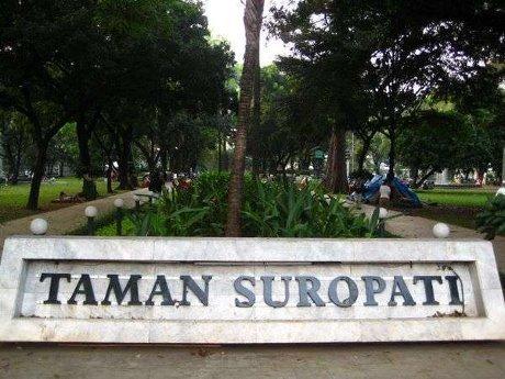6 Taman Kota Di Jakarta Yang Asyik Untuk Ngabuburit Wisata Nusantara