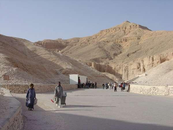 Inilah Kompleks Kuburan Para Raja Mesir Kuno [ www.BlogApaAja.com ]