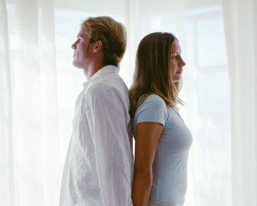 6 Cara Mengendalikan Emosi Ketika Kesal dengan Kekasih