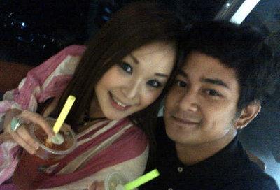 Gambar Foto Mesra Dwi Andika Pacaran dengan Kimmi Chan Hot