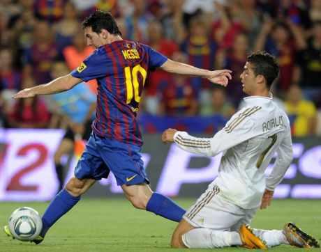 """Messi atau Ronaldo? Sepp Blatter mengatakan """"Keduanya"""""""