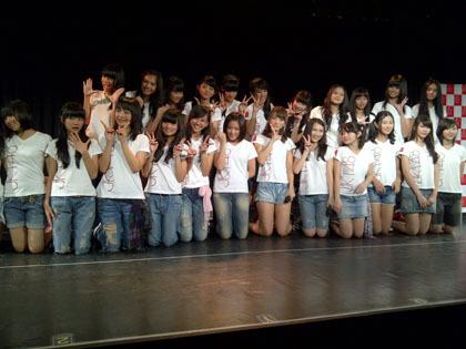 ademinblog.blogspot.com - JKT 48 Resmikan Teater Permanen