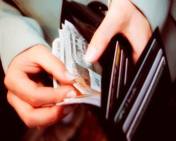 48% Orang tidak tahu Mengapa Menghamburkan Uang