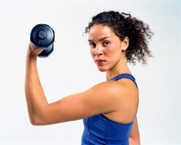 Latihan angkat beban untuk turunkan berat badan (dan manfaat lainnya)